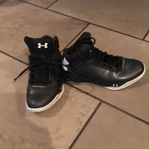 Under Armour High Tops Youth 6